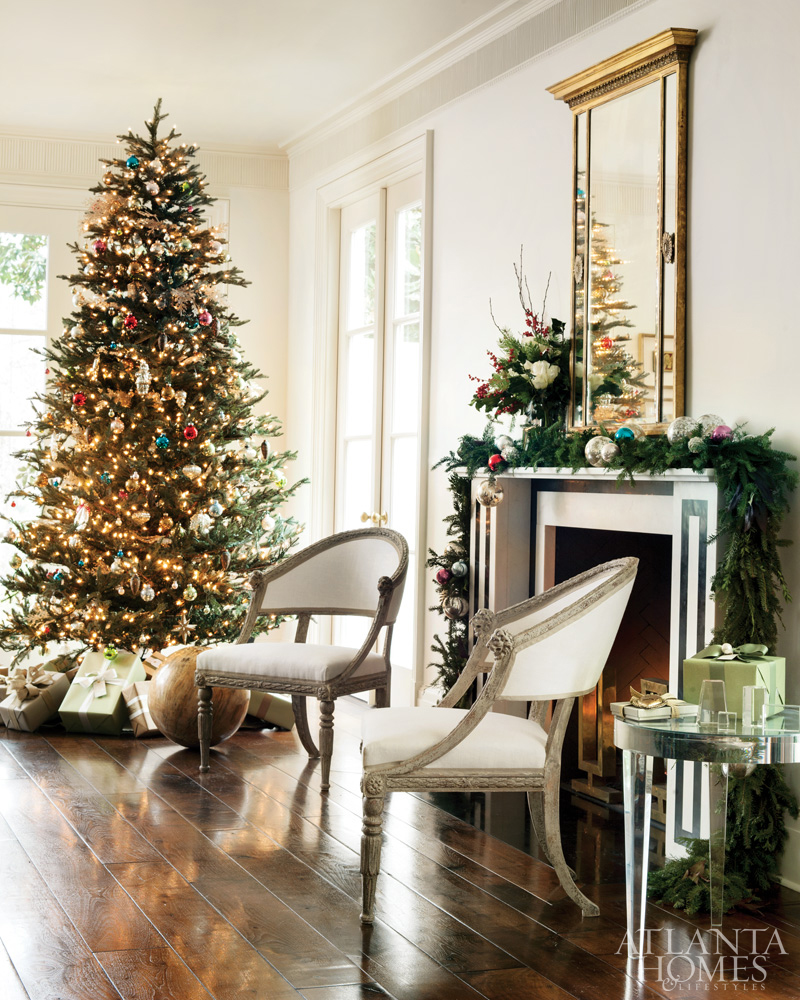 Elegant Christmas decor and Christmas tree in Suzanne Kasler's home