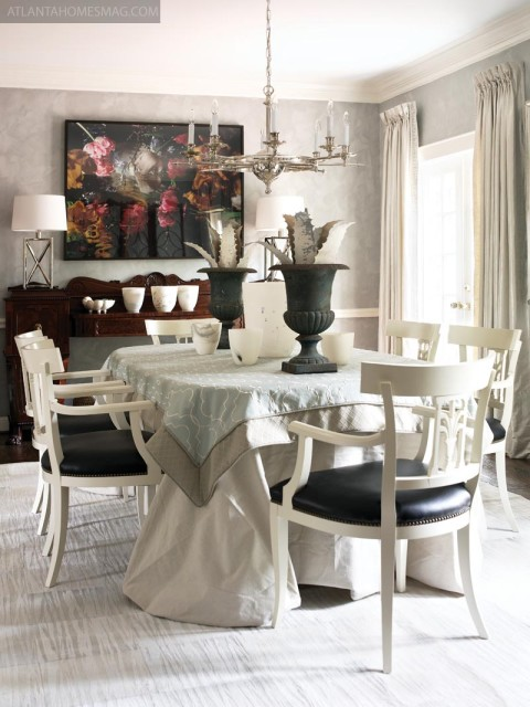 Fashioned by Robert Spiotta and James Deadwyler, the dining room included antiques with amazing provenance, including a neoclassical sideboard from Althorp—the Spencer family estate—that once belonged to Princess Diana's grandfather.