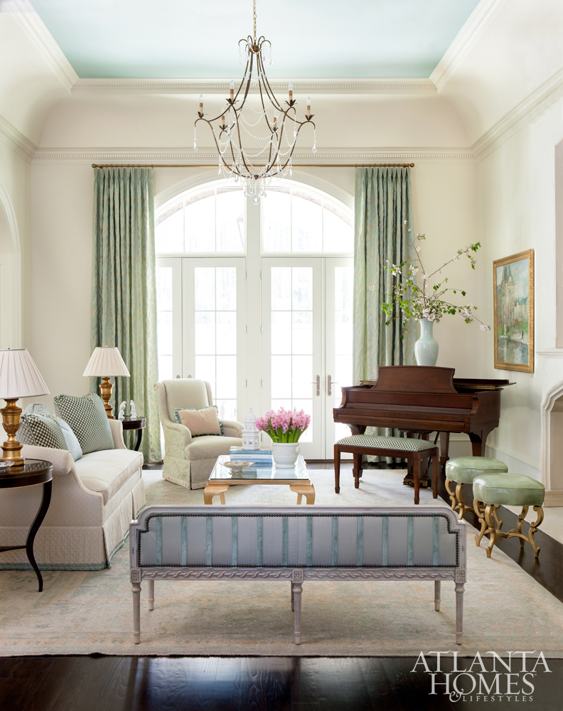 When Interior Designer Mallory Mathison Glenn Was Tasked With Decorating A 14000 Square Foot Blank Canvas The Spirited Known For Her Pretty