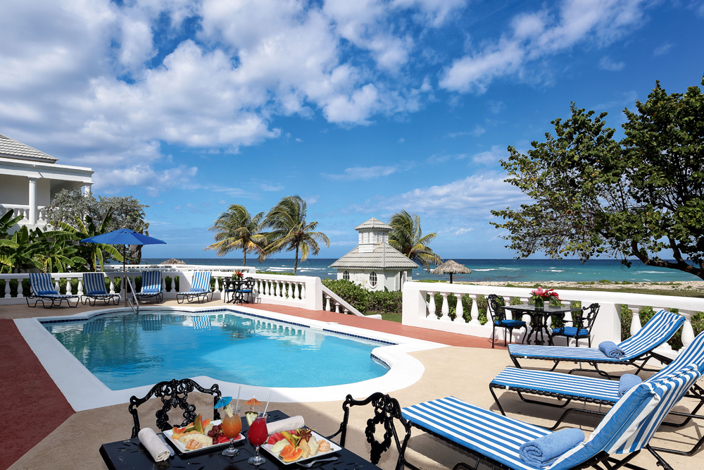 Enter to win a luxury vacation at half moon jamaica ah l for Hotel luxury jamaica