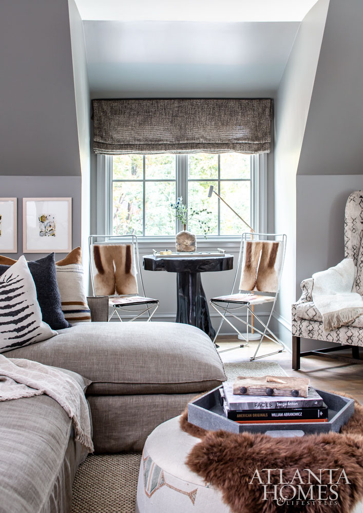 Contemporary home office angela todd Homegram Roman Shades Douglass Workroom Pillows Boxwoods Artwork Angela West And Kayce Hughes Sconce Lamps Circa Lighting All Other Items Interior Philosophy Artnet News Pinnacle Of Style Ahl